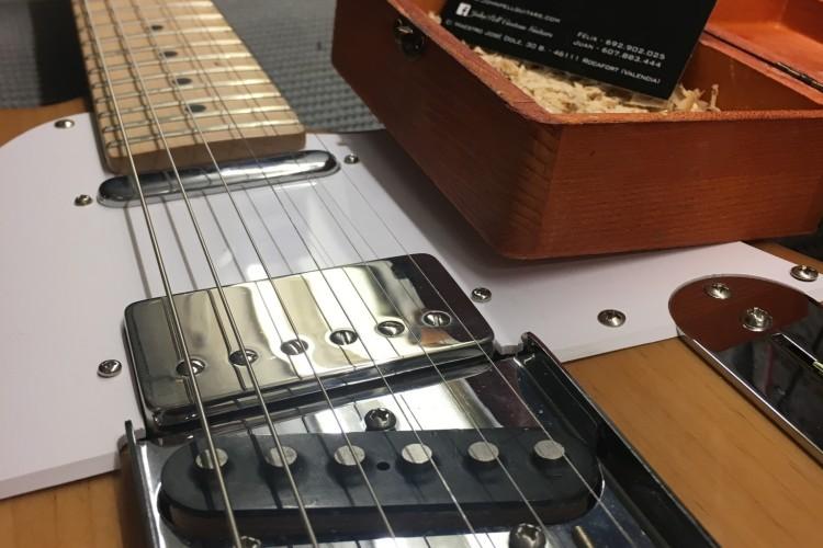 IMG 4127 e1486390927924 750x500 - Mejora electronica guitarra LD ,pastillas JOHN PELL