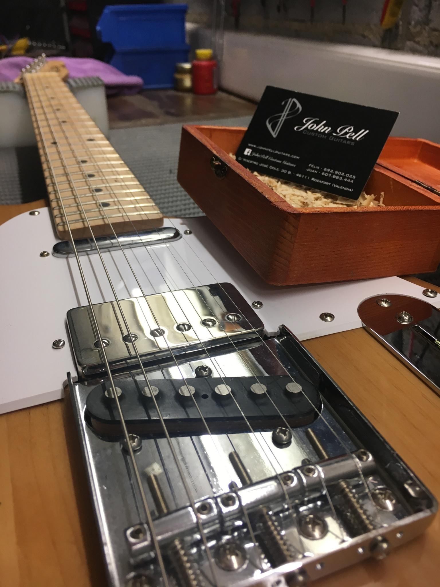 IMG 4127 e1486390927924 - Mejora electronica guitarra LD ,pastillas JOHN PELL