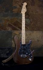 DELANTERA COMPLETA 143x232 - Guitarra LAJ  Strat Custom Shop