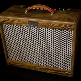 IMG 1917 262x262 - Amplificador Guitarra LAJ T-ONE REVERB