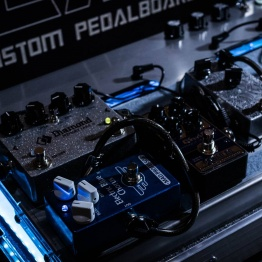 pedalboar2 262x262 - LAJ CUSTOM PEDALBOARD (PARA 6 PEDALES)