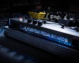 pedalboar3 262x210 - LAJ CUSTOM PEDALBOARD (PARA 6 PEDALES)