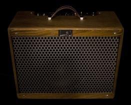 IMG 1533 262x210 - Amplificador LAJ Tweed Deluxe