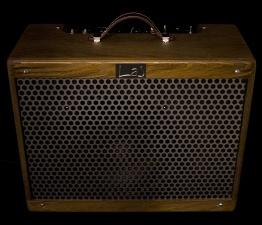 IMG 1533 262x225 - Amplificador LAJ Tweed Deluxe