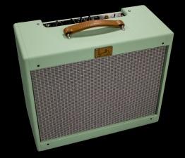 IMG 2398 262x225 - Amplificador Guitarra LAJ T-ONE REVERB